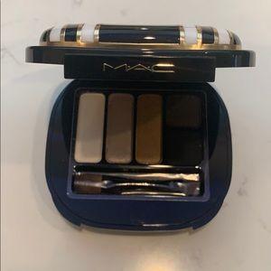 MAC Stroke of Midnight Eyeshadow Set